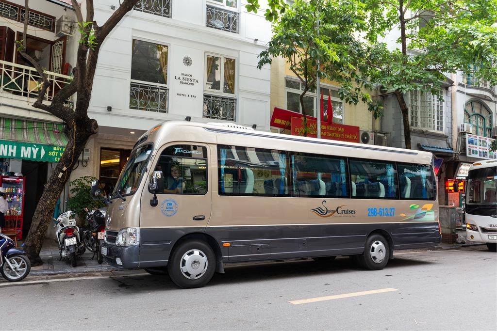 bus partagé de la jonque Swan